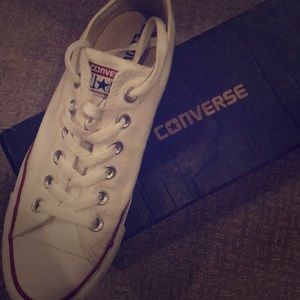 New in box Converse Chuck Taylor low top, white
